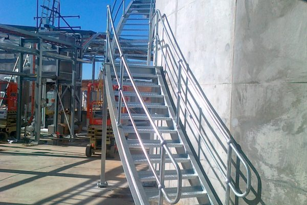 Curved Robe Stairs 4